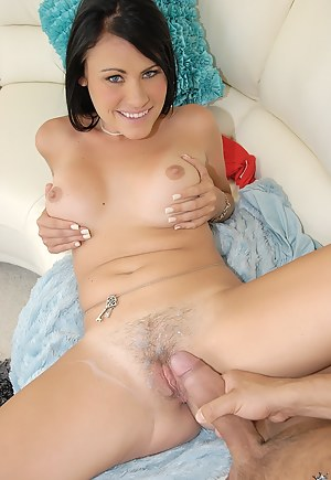 Cum on Pussy XXX Pictures