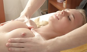 Massage XXX Pictures