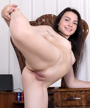 Flexible XXX Pictures