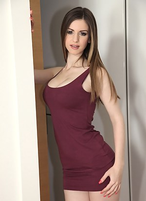 Dress Porn Pictures