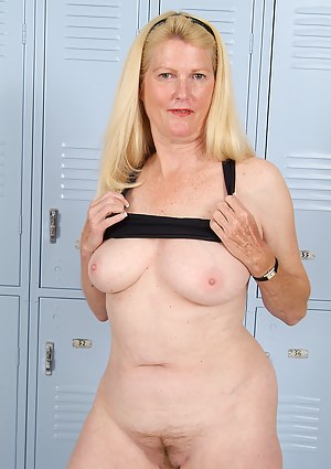 Locker Room XXX Pictures