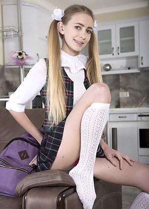 XXX Schoolgirl Porn Pictures